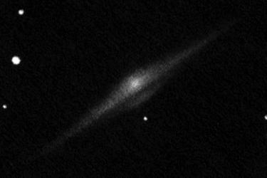 NGC 4565, 10 cm-es Dobson távcsővel készült rajz.