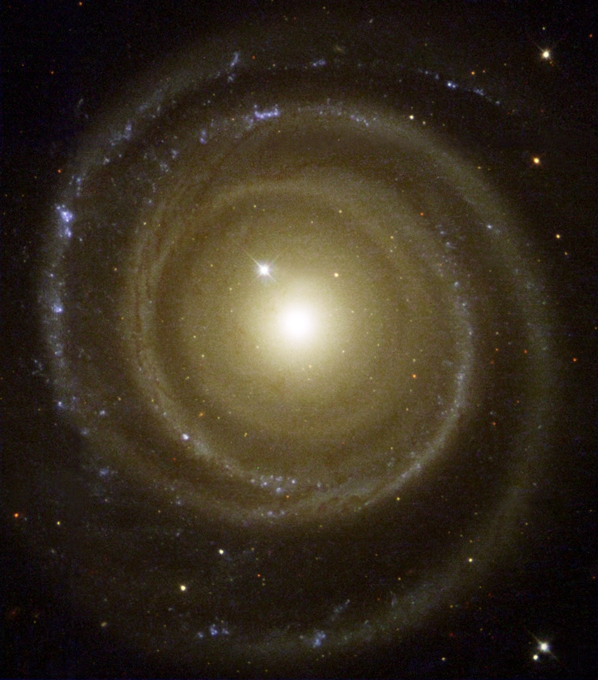 NGC 4622 a Hubble Űrtávcső (HST) felvételén.