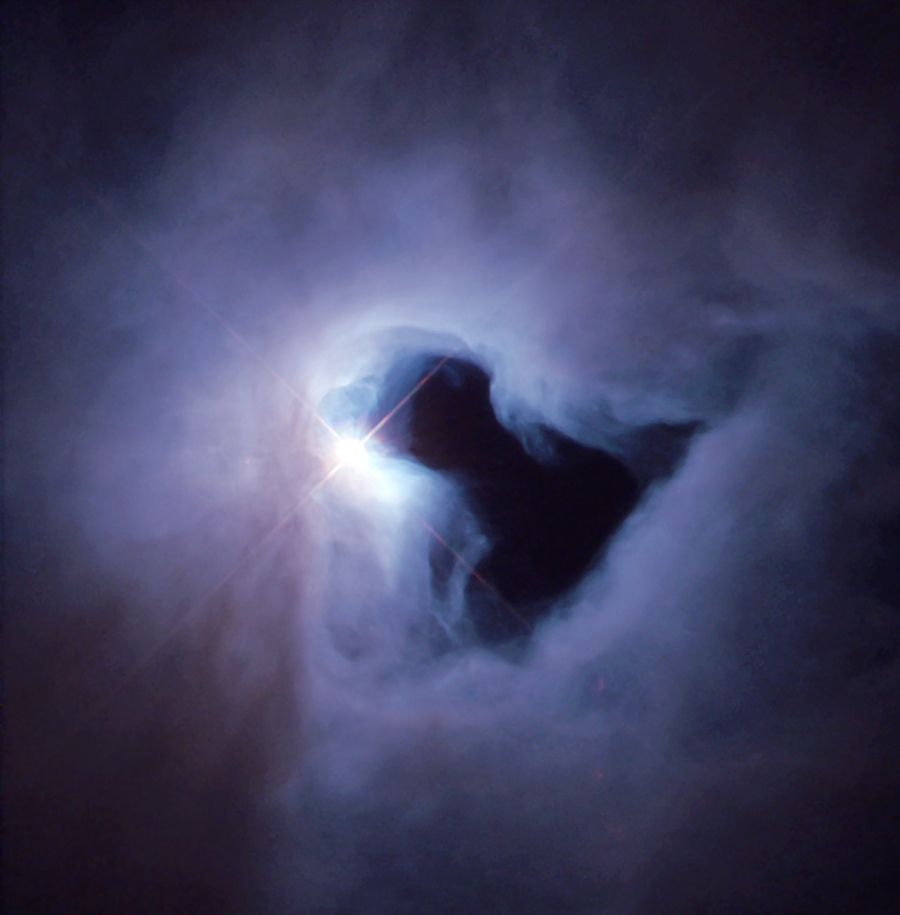 Hubble inage of NGC 1999.